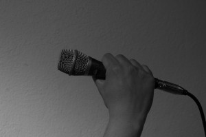microphone-482259_1280